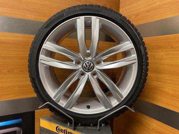 Volkswagen Golf 7 DURBAN 18 inch velgen Winterbanden 5G0601025G