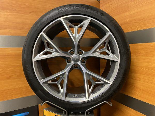 Audi SQ8 4M8 Q8 5-Y Speichen Design 22 inch Zomerbanden 4M8601025AB