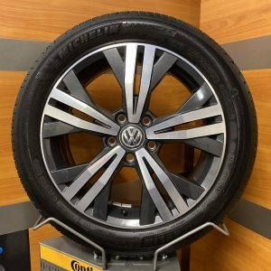Volkswagen Caddy 2K5 QUITO 17 inch velgen Zomerbanden 2K5601025P