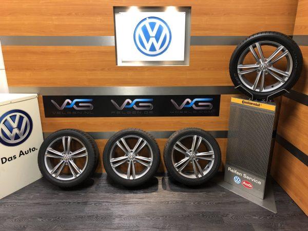 Volkswagen Golf 7 SEBRING 17 inch velgen Zomerbanden 5G0601025DD R-line