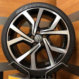 Volkswagen Golf 7 gti gtd BRESCIA 19 inch velgen Zomerbanden 5G0601025CL