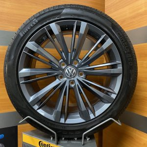 Volkswagen Passat LIVERPOOL 18 inch velgen Zomerbanden 3G0601025BN R-line