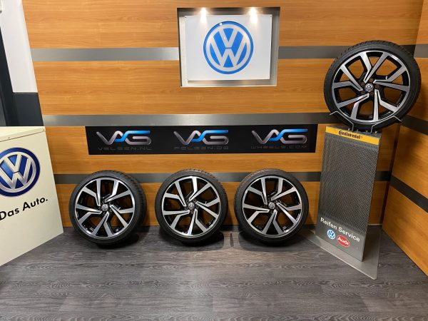 Volkswagen Polo 2G gti BRESCIA 18 inch velgen Zomerbanden 2G0601025AC