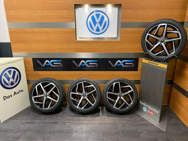 Volkswagen Golf 8 5H DALLAS 18 Inch Zomerbanden 5H0601025 G