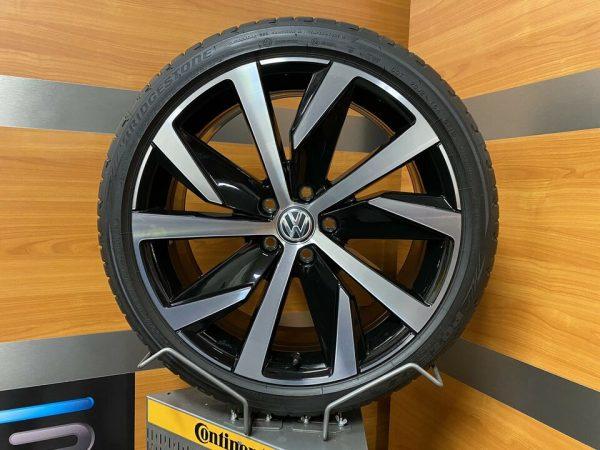 Volkswagen T-ROC SAN MARINO 19 Inch Zomerbanden 2GA601025 T