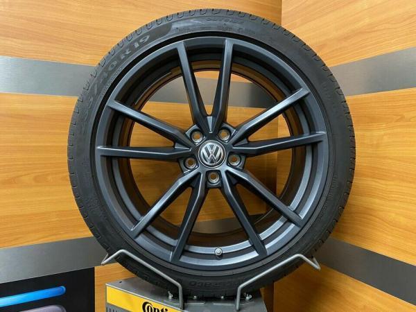 Volkswagen Passat / T-ROC R PRETORIA 19 Inch Zomerbanden 3G0601025BH / 3G0601025BS