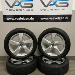 Volkswagen T-Cross CHESTERFIELD 17 Inch All-season banden